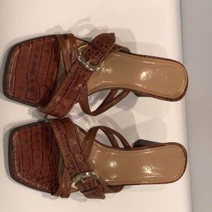 Franco Sarto brown leather sandals crocodile 8